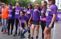 Độc đáo cuộc thi chạy trên giày cao gót tại Mexico