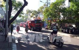 Đà Nẵng: Giải cứu cụ ông bị liệt trong đám cháy
