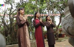 Nét đẹp trang phục đi lễ chùa