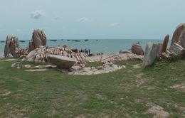 Vẻ đẹp của vịnh Đá Nhảy