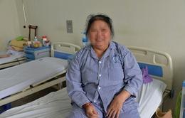 Sợ mổ, nữ bệnh nhân đái tháo đường sống với viên sỏi hơn 2cm gây ứ nước