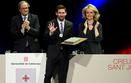 """Catalan và Barcelona tôn vinh Messi sánh ngang """"Thánh Johan"""""""