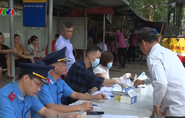 Hà Nội: Kiểm tra nồng độ cồn, ma túy của tài xế tại các bến xe