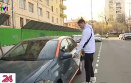 Nga: Hàng nghìn người Moskva lựa chọn đi ô tô chung