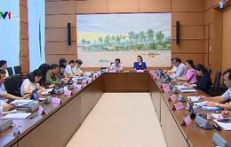 Quốc hội thảo luận tình hình phát triển kinh tế - xã hội