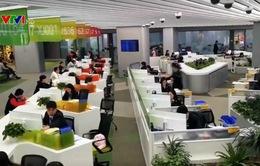 Trung Quốc: Giải quyết thủ tục hành chính qua mạng 24/24h