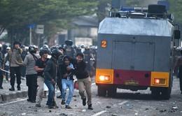 Cảnh sát bắt giữ 11 người sau các vụ biểu tình bạo lực tại Jakarta, Indonesia