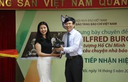 Trường Cao đẳng Truyền hình trao tặng hiện vật cho Bảo tàng Báo chí Việt Nam