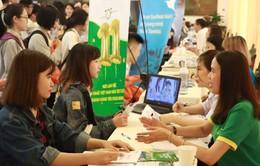 """Háo hức với Ngày hội việc làm """"Sinh viên với thị trường lao động"""" tại Hà Nội"""