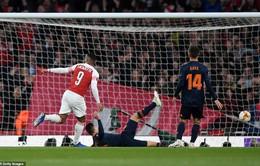UEFA Europa League: Auba - Laca lập công, Arsenal thắng ngược Valencia