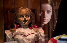 """Trailer """"Annabelle 3"""": Búp bê ma ám trở lại, lộ diện nhiều ác quỷ mới"""