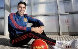 """Real muốn phá, Atletico Madrid """"lo sốt vó"""" trong thương vụ ở xứ Catalan"""