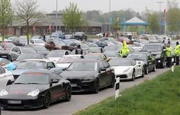 Đức bắt giữ hàng trăm siêu xe đua trái phép trên đường cao tốc