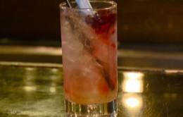 """Độc - lạ: Ly cocktail """"đèn đỏ"""""""