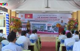 Khánh thành các công trình giao thông nông thôn và giáo dục ở Long An