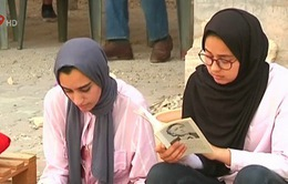 Hội sách tạm bợ tại Libya