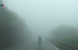 Cảnh báo sương mù dày đặc trên Quốc lộ 6
