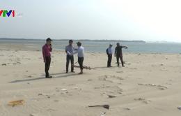 Cồn cát hình thành tại biển Cửa Đại liên tục dịch chuyển, có xu hướng xói lở