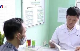 Thưởng 1,8 triệu đồng cho người đưa bệnh nhân HIV đi điều trị