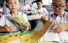 Hơn 50% thanh thiếu niên Trung Quốc bị cận thị