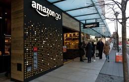 Amazon lần đầu mở cửa hàng Amazon Go nhận tiền mặt