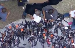 Mỹ phát hiện lượng súng kỷ lục tàng trữ trong nhà dân