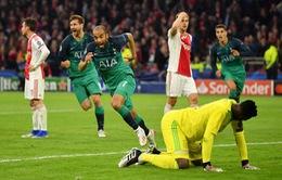 Moura lập hat-trick, Tottenham ngược dòng vào chung kết Champions League