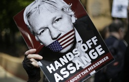 """Nhà sáng lập WikiLeaks bị """"tra tấn tâm lý"""" trong thời gian dài"""