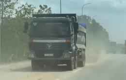 Bà Rịa - Vũng Tàu: Dân khốn khổ vì xe ben chở cát gây bụi mù mịt