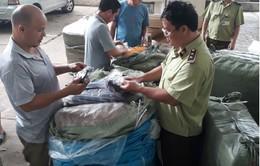 Lạng Sơn: Tạm giữ 1.300 sản phẩm có dấu hiệu giả mạo thương hiệu