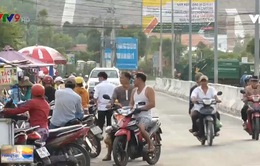 Khánh Hòa: Họp chợ lấn chiếm tỉnh lộ 3