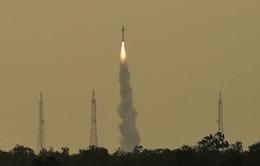 Ấn Độ ra mắt tàu vũ trụ thám hiểm Mặt trăng