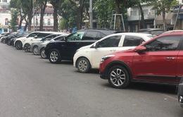 Tiêu thụ ô tô nhập khẩu tăng 210%