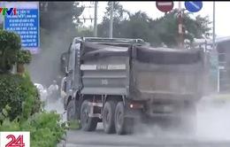 TP.HCM: Quyết liệt xử lý xe chở vật liệu rơi vãi ra đường