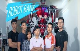 Robot được chế tạo từ phế liệu