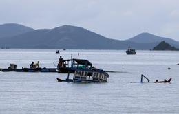 Lật thuyền trên vịnh Vân Phong, Khánh Hòa