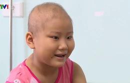 Cô bé ung thư thỏa mong ước được hát