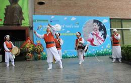 Trẻ em Hà thành háo hức Khám phá văn hóa Hàn Quốc tại Bảo tàng Dân tộc học