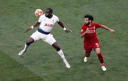 Vì sao trọng tài không sử dụng VAR khi cho Liverpool hưởng phạt đền?