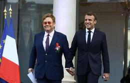 Tổng thống Pháp cùng Elton John kêu gọi chung tay đẩy lùi HIV/AIDS