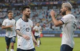 VIDEO ĐT Qatar 0-2 ĐT Argentina: Aguero tỏa sáng!