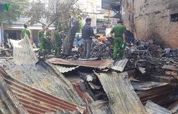 Cháy lớn thiêu rụi 12 ki ốt ở thị trấn Liên Nghĩa (Lâm Đồng)