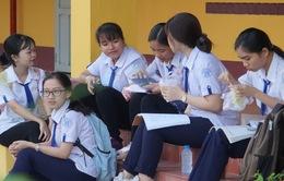 Phổ điểm tổ hợp Toán, Văn, Anh ở Kỳ thi THPT Quốc gia 2019 ra sao?