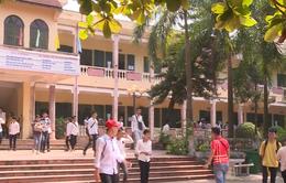 Bộ GD-ĐT kiểm tra công tác thi THPT tại Hòa Bình trong ngày thi đầu tiên
