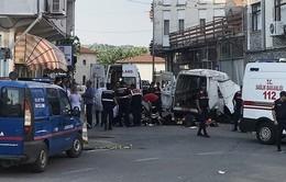 Tai nạn xe bus tại Thổ Nhĩ Kỳ, 40 người thương vong