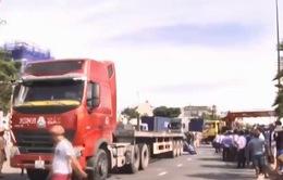 Hiểm họa tai nạn từ xe container
