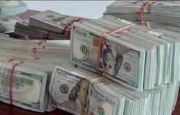 Tìm chủ nhân 470.000 USD trong hộp giấy ở biên giới Campuchia