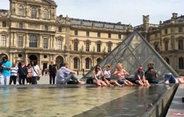 Pháp bước vào đợt nắng nóng kỷ lục