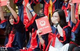 Chùm ảnh học sinh trường THPT Lê Quý Đôn - Đống Đa chia tay tuổi học trò