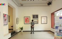 Triển lãm tranh cổ động về phòng, chống tác hại của thuốc lá